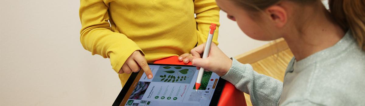 Ein Blick in die Praxis: iPad-Klasse am Schiller-Gymnasium in Witten